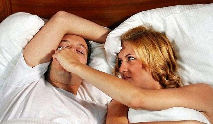 Несложные способы избавления от храпа в домашних условиях