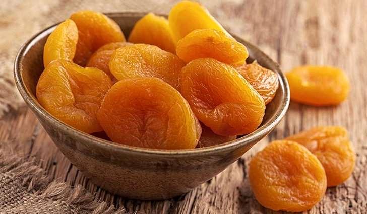 Сушеные абрикосы богаты витамином A