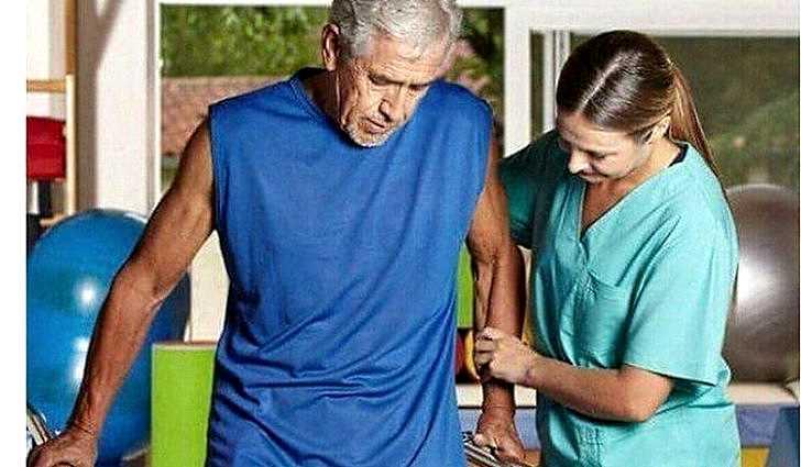 Упражнения стоя после инсульта