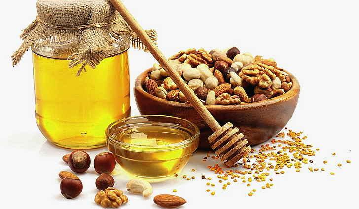 Орехи с медом применяют при узловом зобе