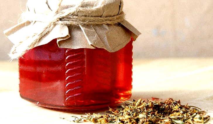 Как приготовить зверобойное масло в домашних условиях