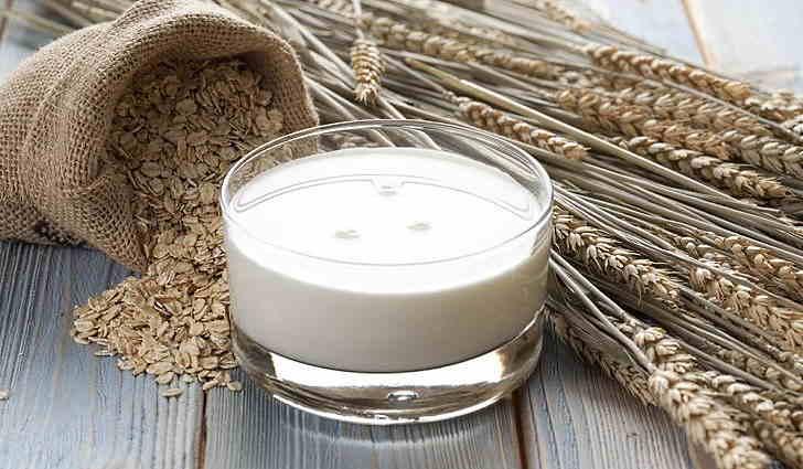 Отвар овса на молоке применяют для лечения бронхита