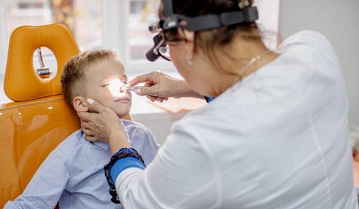 Срочно обратитесь к врачу при обильном кровотечении из носа
