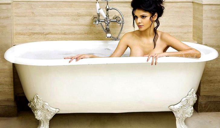 Горячая ванна для здоровья кожи