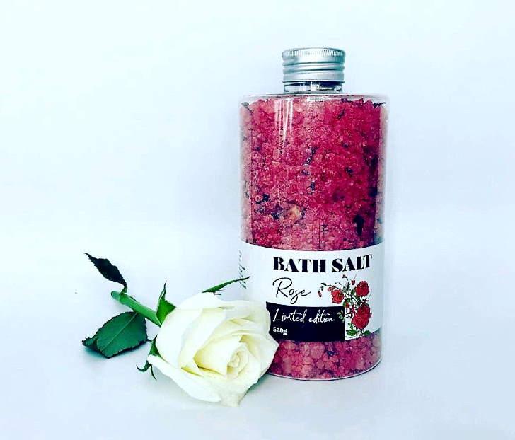 Морская соль улучшает здоровье кожи